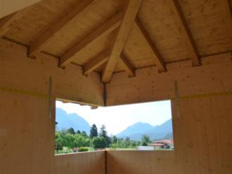 casa prefabbricata in legno Comune di Tolmezzo - interni realizzata dalla BDM LEGNAMI