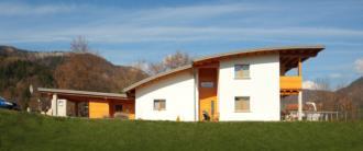 casa prefabbricata in legno Lorenzaso realizzata dalla BDM LEGNAMI - vista generale