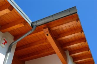 dettaglio tetto in legno
